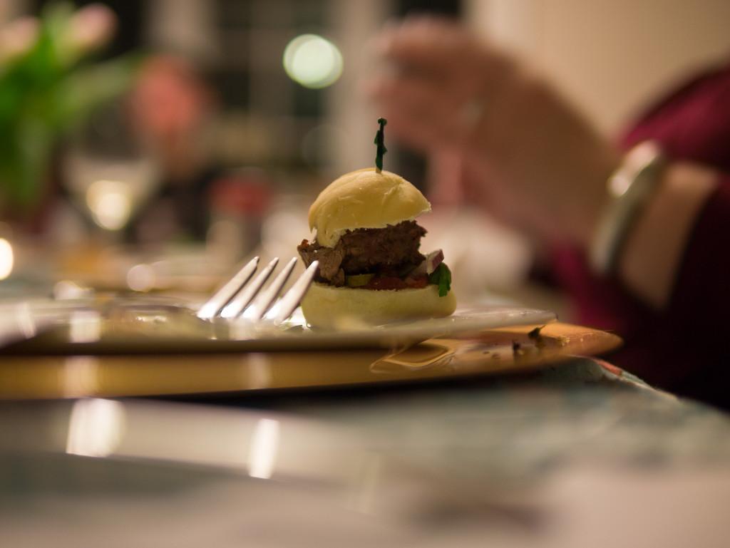 llama burger tapas